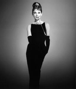 Hepburn-Audrey-Breakfast-at-Tiffanys_14