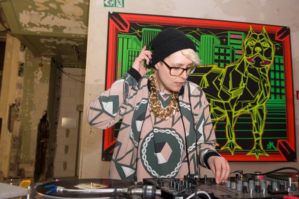 DJ-Fashioncircus