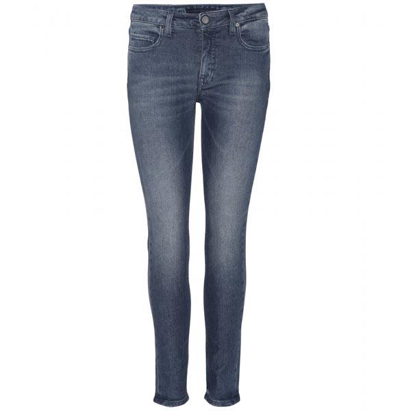 Victoria-Beckham---7-8-Jean