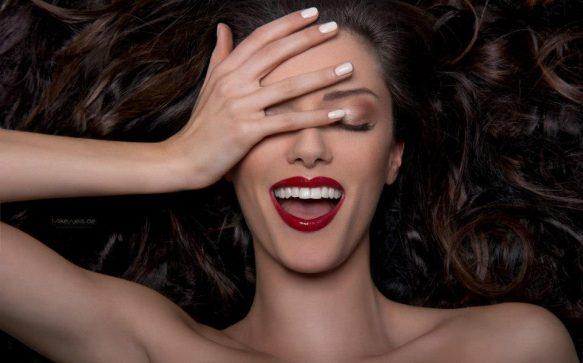 Hair & Make-up Artist Angi Delrey im Porträt