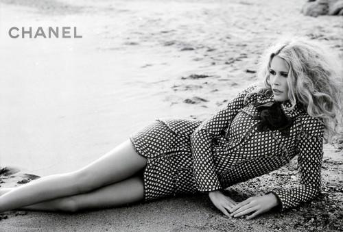 Claudia Schiffer für Chanel
