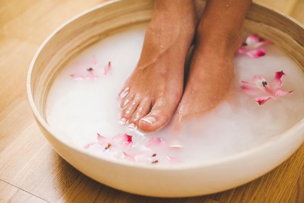 Fußbad gepflegte Füße