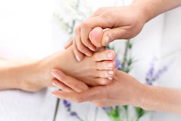Fußmassage gepflegte Füße