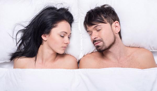 nackt-schlafen