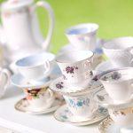 Bezaubernde Hochzeitsdekoration mit Vintage-Porzellan